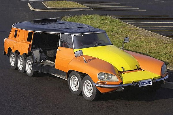 Citroën DS Break PLR 1000 pattes