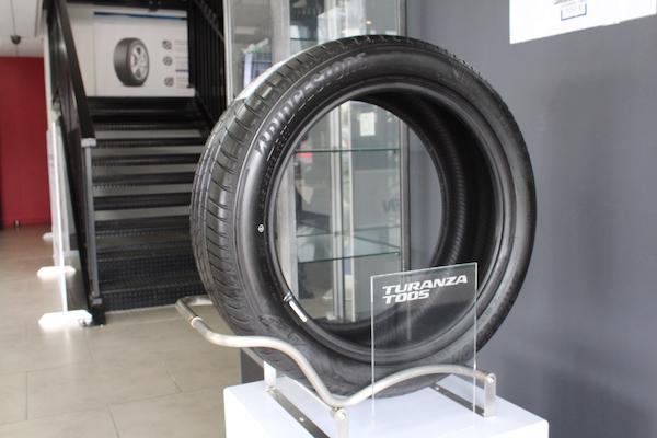 le pneu bridgestone turanza t005 autoweb france. Black Bedroom Furniture Sets. Home Design Ideas