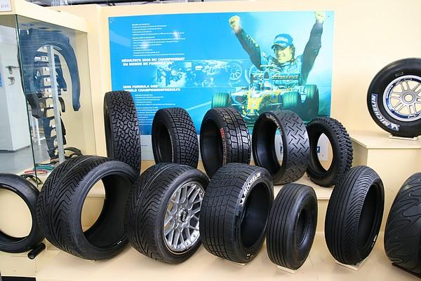 michelin inside comment fabrique t 39 on un pneu autoweb france. Black Bedroom Furniture Sets. Home Design Ideas