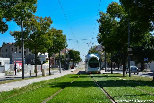 La route nationale 6 troisi me partie de lyon au mont - Horaire tram lyon ...