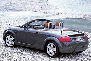 fiche technique audi tt a4 roadster 225 quattro autoweb france. Black Bedroom Furniture Sets. Home Design Ideas