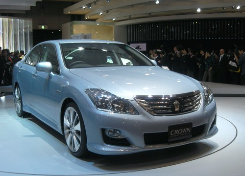 Toyota Crown Hybrid Project